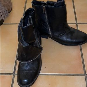 Dolce Vita booties size 9 1/2